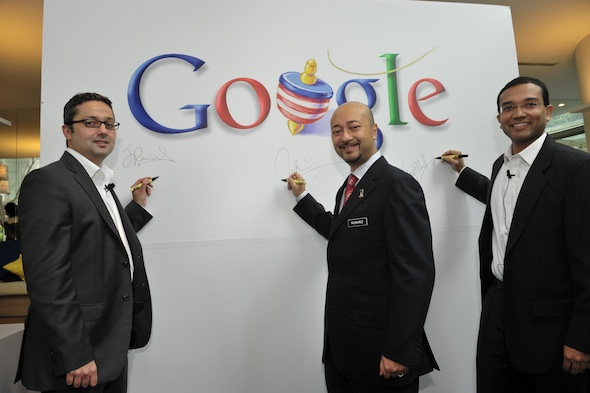 Google SEA managing director Julian Persaud, Dato Mukhriz and Sajith (from left-right) at the opening of the new Google Malaysia office