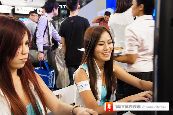 http://images.lowyat.net/PS%20Vita/Image-1.jpg